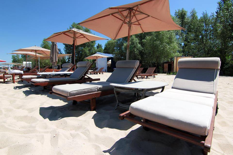Mayachok Beach Club in Kiev. Beach in Kiev. Guide me UA