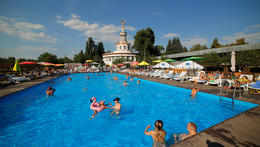 Pier 39 beach club in Kiev, city guide, guide me UA