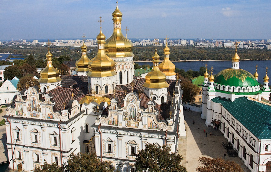 Kiev Pechersk Lavra with local kiev friendly guides