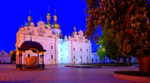 Kiev Friendly Tours to Pechersk Lavra with local guides