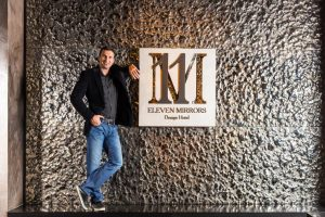 11 mirrors Klitschko
