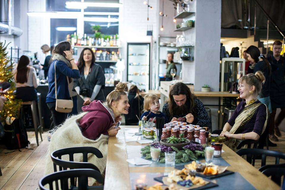 Select cafe in Kiev