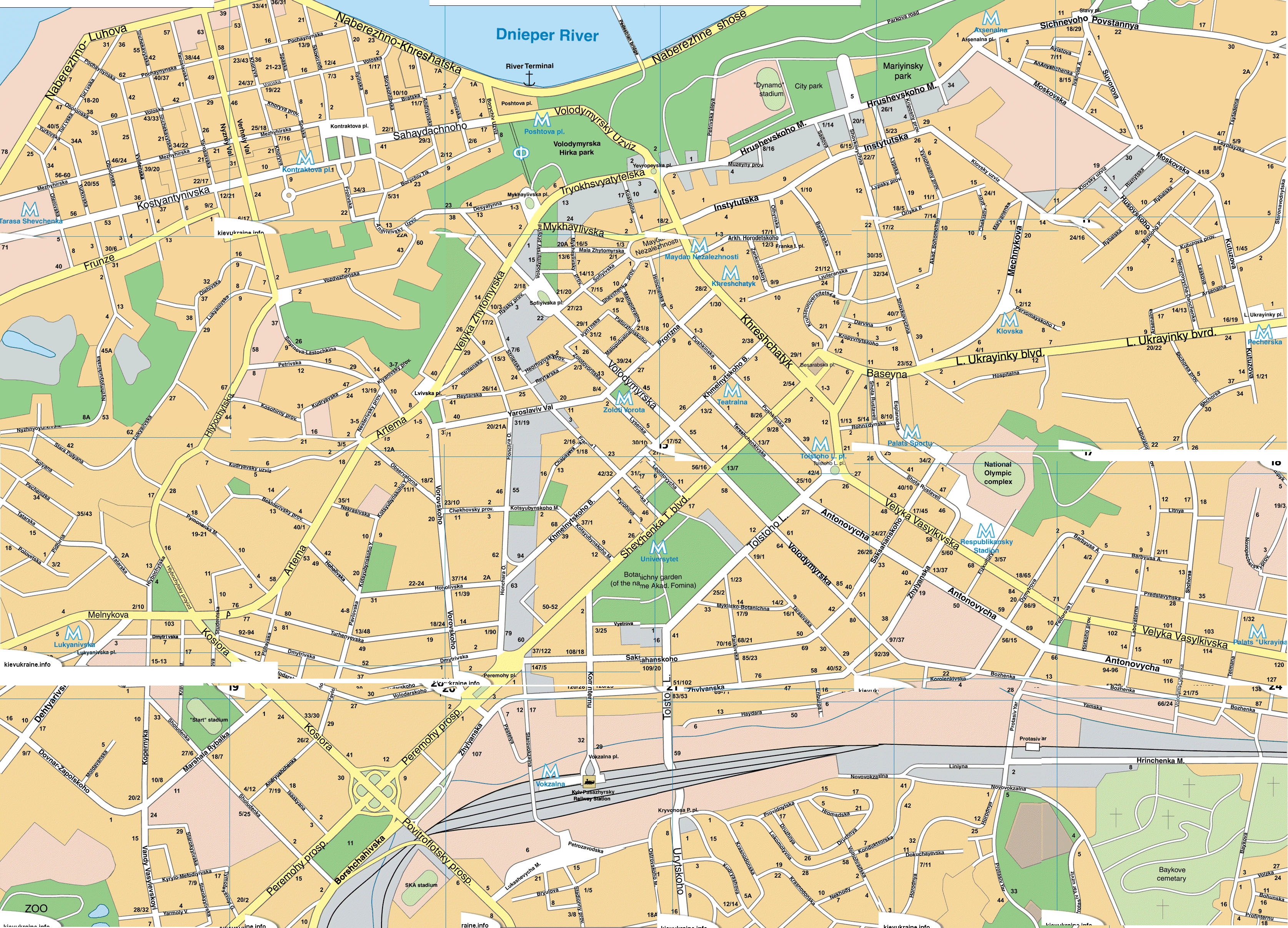 Hotels, Historical Attractions on a Kiev map - Check this out