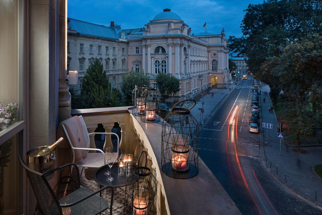 BANKHOTEL is a new luxury hotel in Lviv