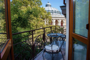 Odessa Hotels - where to stay