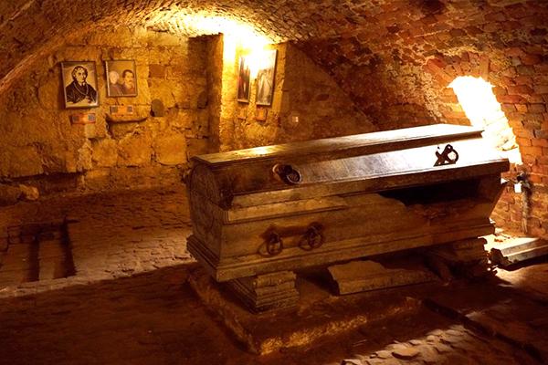 Lviv Catacombes