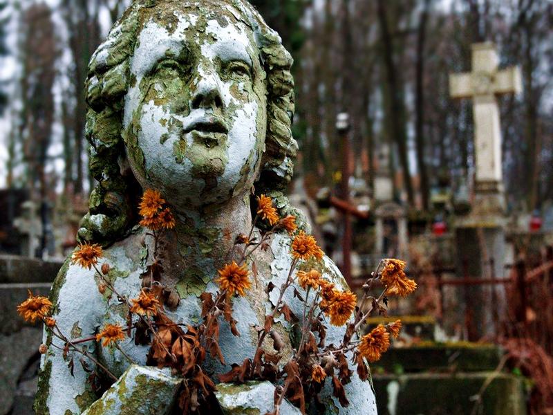 Lviv Lychakiv Cemetery Tour by Travel agency Guide me UA